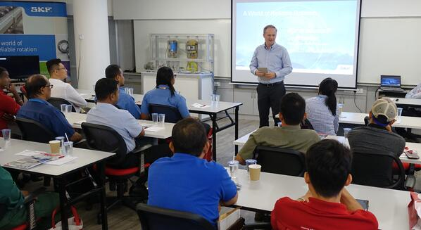 Image shows SKF Malaysia Managing Director, Mr. Anders Fogelberg delivering his key note address to customers